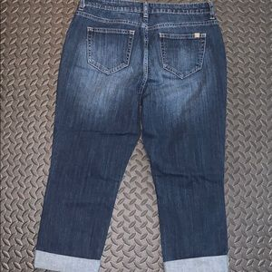 Jennifer Lopez Jeans - Capri Jeans by JLO - distressed - gently used - 6